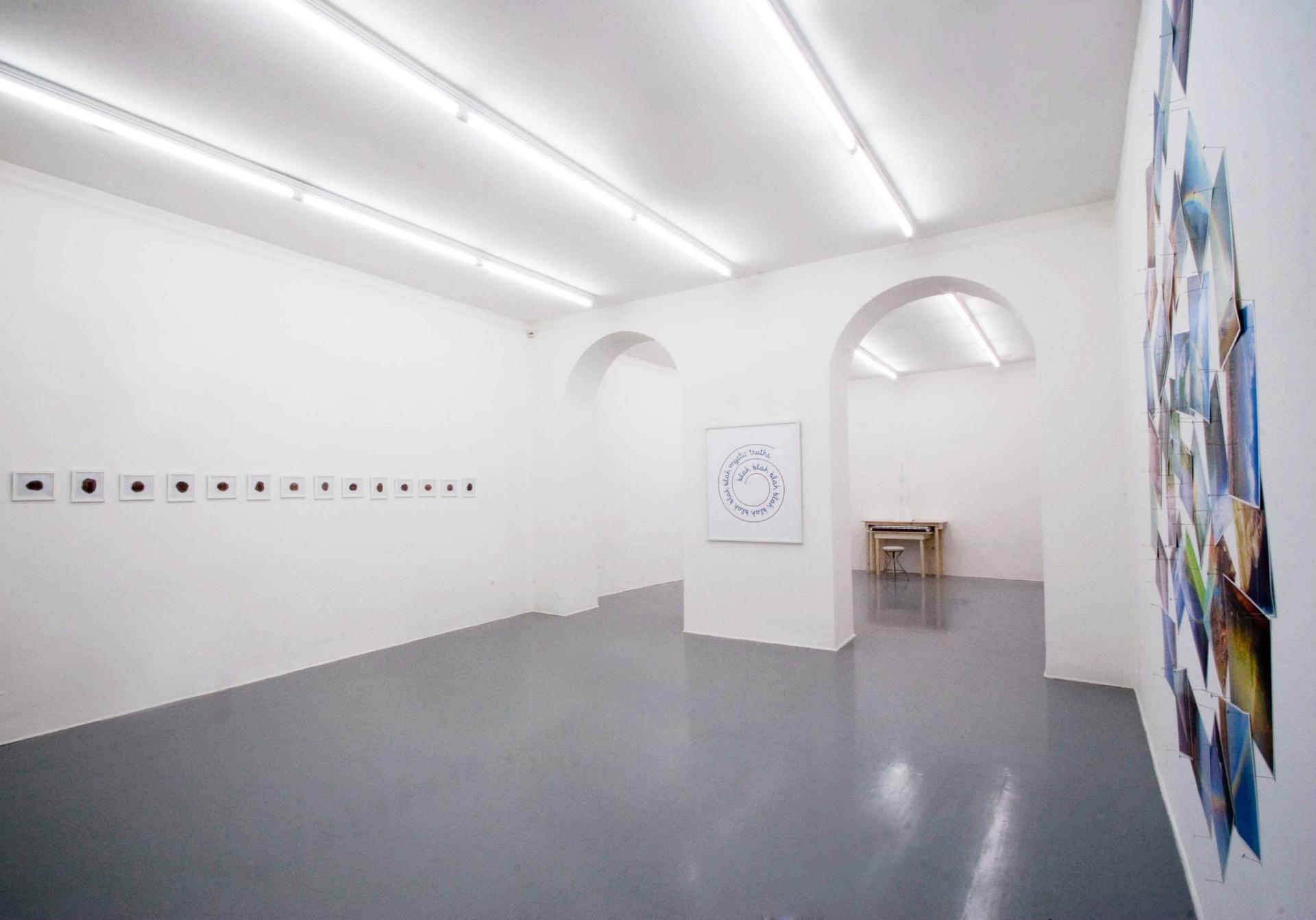 Galleria Fonti PETER COFFIN – Hello headspace